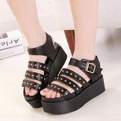 Mancienne - Studded Platform Sandals