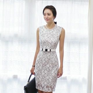 ode' - Lace Sheath Dress with Belt