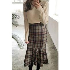CHERRYKOKO - Ruffle-Hem Plaid Midi Skirt