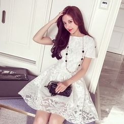 VIZZI - Short-Sleeve Tie Waist Lace Dress