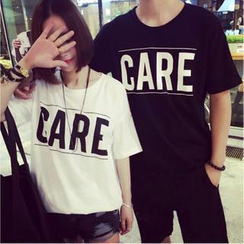 QZ Lady - Loose-Fit Lettering Long Couple T-Shirt