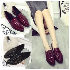 BAYO - Pointy Patent Loafers