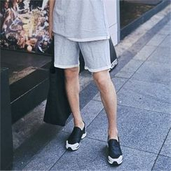MITOSHOP - Pocket-Side Sweat Shorts
