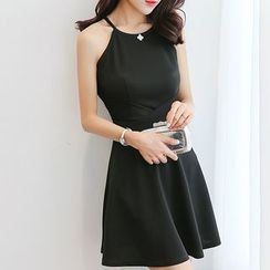 Q.C.T - Plain Halter Sleeveless A-Line Dress