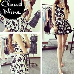 Cloud Nine - Set : Contrast Floral Print Tank Top + Skirt