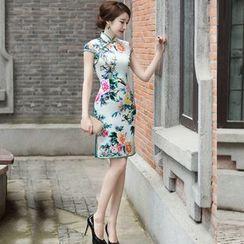 Miss Four Qipao - 花花盖袖旗袍