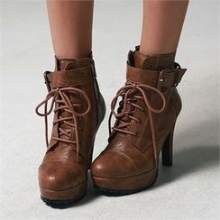JVLLY - Lace-Up Platform Booties
