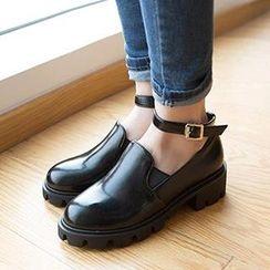 Mancienne - Ankle-Strap Platform Chunky Heels