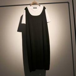 somniaa - Set: Ripped Tank Dress + Short Sleeve T-Shirt