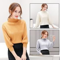 Romantica - Turtleneck Knit Top