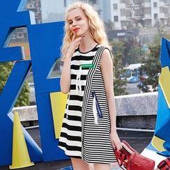 ELF SACK - Sleeveless Striped Dress