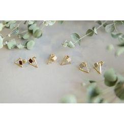 UPTOWNHOLIC - Metallic Triangle Earrings