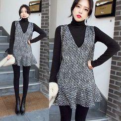 lilygirl - Set: High-Neck Long-Sleeve T-Shirt + Ruffle Hem Sleeveless Dress