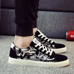 Muyu - Lace Up Sneakers