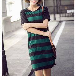 Dowisi - Striped Short Sleeve T-Shirt Dress