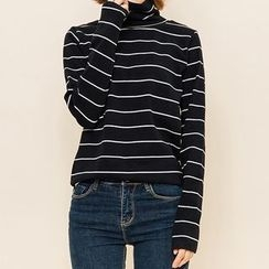 Heynew - Striped Long Sleeve Turtleneck T-Shirt