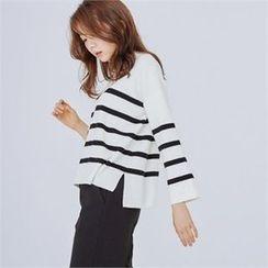 MAGJAY - Drop-Shoulder Striped Knit Top