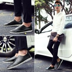 Hipsteria - Faux-Leather Slip-Ons