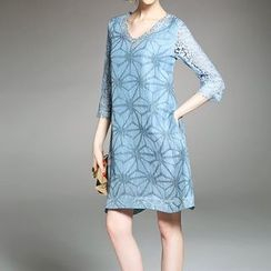Alaroo - Laced 3/4-Sleeve Silk Dress