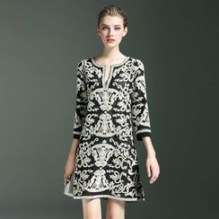 Elabo - Embroidered 3/4-Sleeve Dress