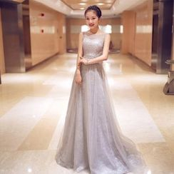 YACCA - Sleeveless Lace Sheer Evening Gown
