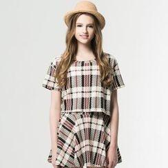 Life 8 - Set: Plaid Top + Skirt