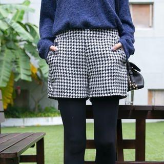 Tokyo Fashion - Band-Waist Houndstooth Tweed Shorts