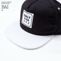 BAIMOMO - 雙色字母鴨舌帽