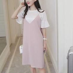 HazyDazy - 套装: 短袖圆领T恤 + 背带裙