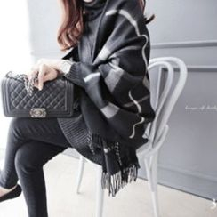 DAILY LOOK - Wool Blend Fringed Check Shawl