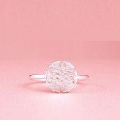 Zundiao - Cutout Snowflake Ring