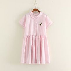 Mushi - Embroidered Bee Short-Sleeve Dress
