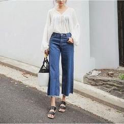 Athena - Wide-Leg Cropped Jeans
