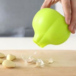 Lazy Corner - Garlic Peeler