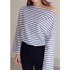 Chlo.D.Manon - Boat-Neck Stripe T-Shirt