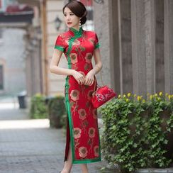 Miss Four Qipao - Floral Short Sleeve Midi Qipao