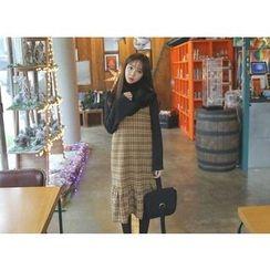 Envy Look - Check Midi Pinafore Dress