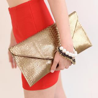 59 Seconds - Snakeskin Embossed Envelope Clutch