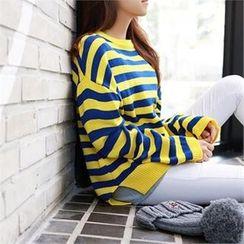 PEPER - Drop-Shoulder Striped Knit Top