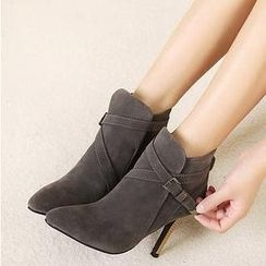 Mancienne - Pointy-Toe Stiletto Ankle Boots