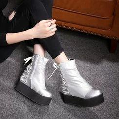 錦洋鞋業 - 厚底內增高繫帶短靴