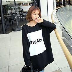 clicknme - Round-Neck Lettering Long T-Shirt