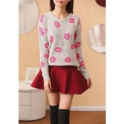 Dream Girl - Lips Pattern Sweater