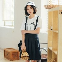 11.STREET - Strapped Pleated Wide Leg Shorts