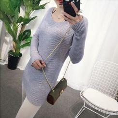 YAMI - V-Neck Long Sweater