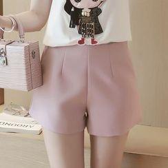 沐乃衣 - 純色短褲