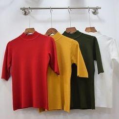 Color7 - Short-Sleeve Mock-Neck Plain Knit Top