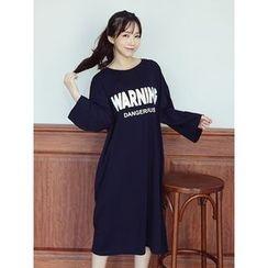 LOLOten - Lettering Cotton Midi T-Shirt Dress