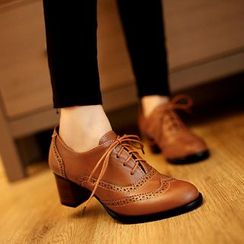 Blingon - Brogue Block Heel Oxfords