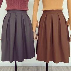OYANA - Pleated Skirt